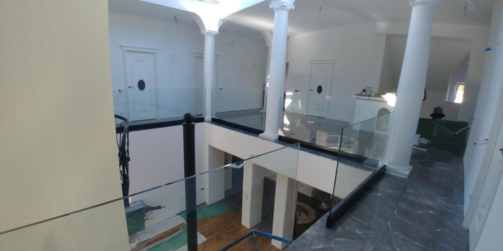 Balustrady szklane i wewnętrzne Radom